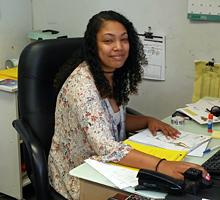 Rykeea Lowe, Customer Service